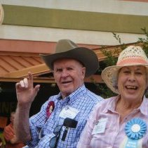 Image of Hal and Helen Leith as Grand Marshals
