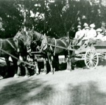 Image of Wagon ride to Lookout Mountain