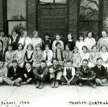 Image of Sixth graders at North School