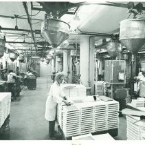 Image of Coors Porcelain panel production