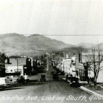 Image of South on Washington Avenue