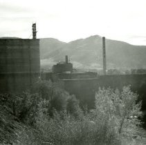 Image of Coors Brewery and mansion