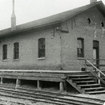 Image of Railroad depot in Golden