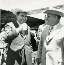 Image of Sheriff Arthur W. Wermuth and Richard Nixon