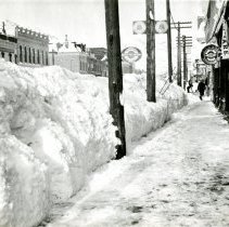 Image of Washington Avenue 1913 snow