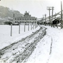 Image of Coors Brewery in 1913 blizzard
