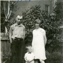 Image of Chester J. Petrie and family