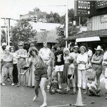 Image of Buffalo Bill Days buffalo chip toss