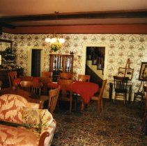 Image of Astor House parlor