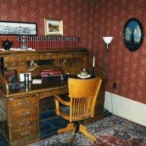 Image of Astor House legislator room