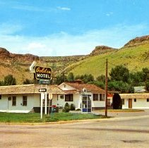 Image of Golden Hotel postcard