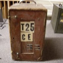 Image of 1990.005a - Case