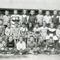Image of Golden Central School, first grade class photograph