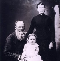 Image of John M. and Aurilla Lot Snodgrass and possibly Belle Zora