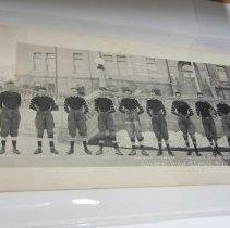 Image of left side of 1922 Golden football team