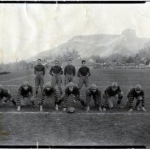 Image of 1923 Golden football team