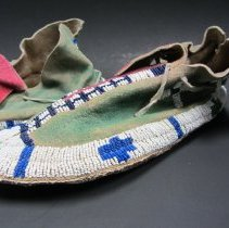 Image of Ute moccasin, left