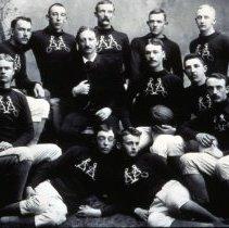 Image of CSM football team