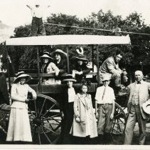 Image of wagon trip to Lookout Mountain