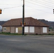 Image of Vacant Churches Grocery store building