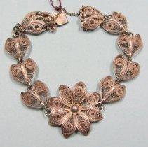 Image of 1998.015.005.02 - Bracelet