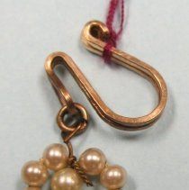 Image of 1998.015.005.03 - Earring