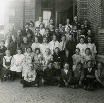 Image of South School class photo ca. 1920s