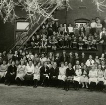 Image of North School class photo 1923