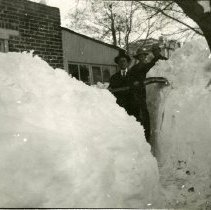 Image of Clearing snow behind Golden High School, Blizzard of 1913