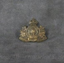 Image of 1932.0070.01 - Badge, Cap