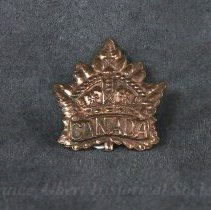 Image of 1932.0077.01 - Badge, Cap