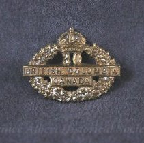 Image of 1932.0080.01 - Badge, Cap
