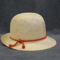 Image of 2002.0011.05 - Hat, Straw