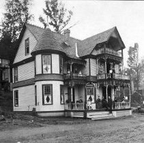 Image of Simpson Avenue Cottage - Unknown