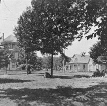 Image of Alumni Hall and Park - Unknown