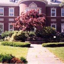 Image of Roblee Memorial Garden - Laura Lupole