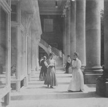 Image of Colonnade - Unknown