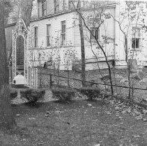 Image of Presbyterian House Garden - Unknown