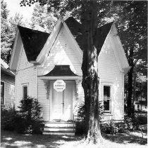 Image of Octagon House - Herrick, Josephine