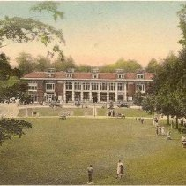 Image of Colonnade and Plaza - Unknown