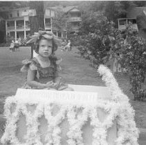 Image of Prize Winning Float - Unknown