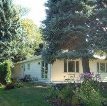 Image of Property Record  of 76 Pratt Avenue -