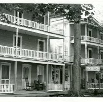 Image of 6 Roberts Ave.