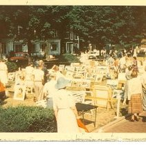 Image of Annual Art Show on the Plaza - Bragdon, Helen D.