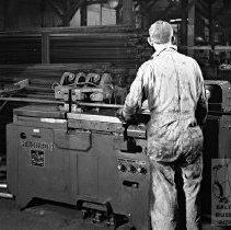 Image of Worker at Balto Aircoil Co