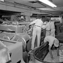 Image of Workers at the MD Buscuit Co