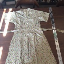Image of Dress, House - 1998.06.5.2n