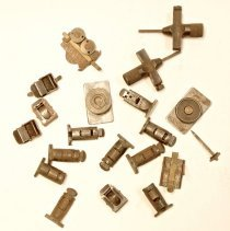 Image of #44  Assorted Small Antique Register Gauges —hb Rouse, Chicago, Patent 1907