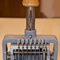 Image of Stamp Machine , Hand Numbering - 2016.03.091