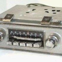 Image of car radio - 2007.3.70